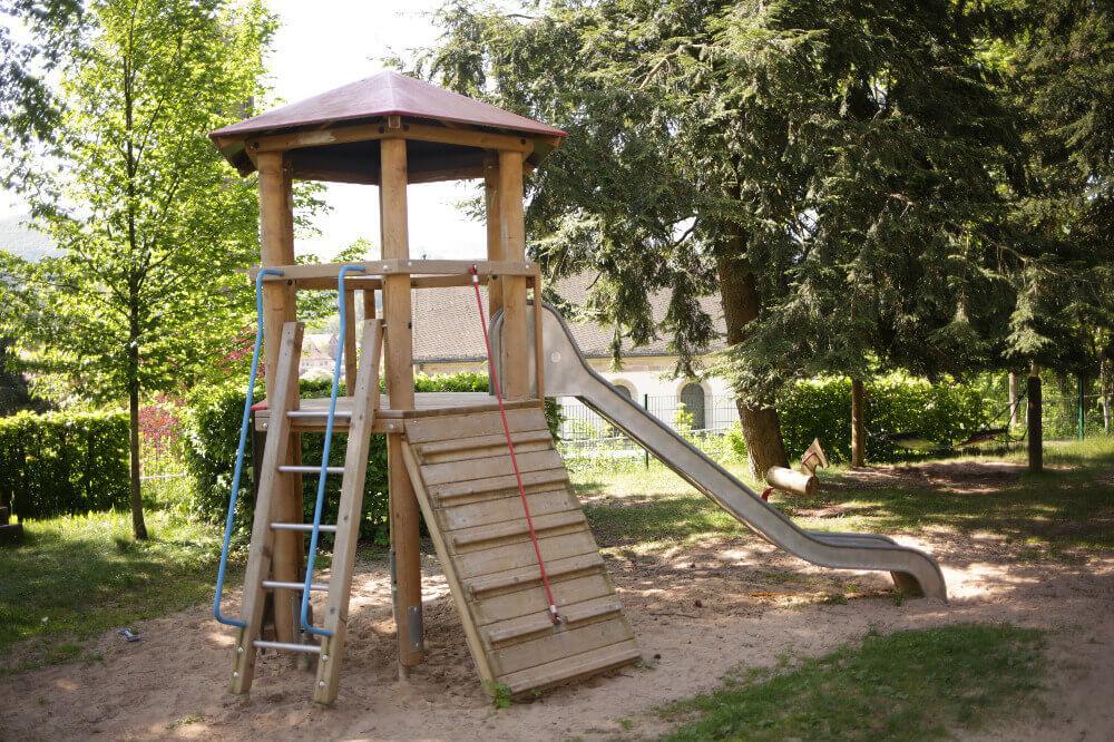Rutschbahn im Kindergarten Gersfeld