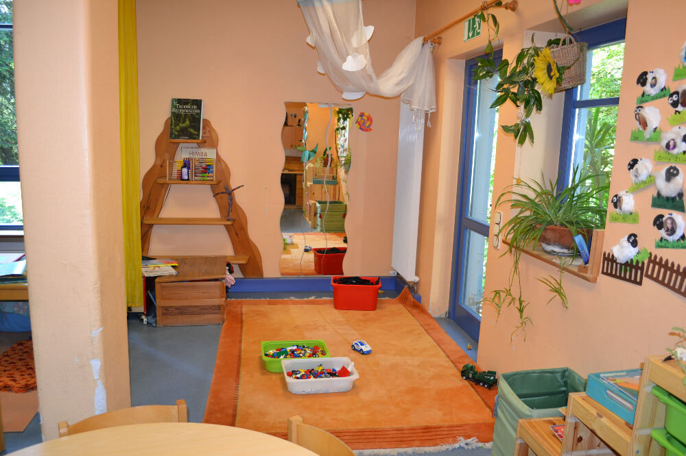 raeumlichkeiten-kindergarten-gersfeld-gruppe-wichtel-bauecke