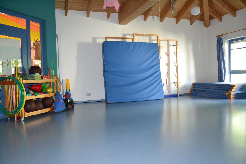 raeumlichkeiten-kindergarten-gersfeld-turnraum