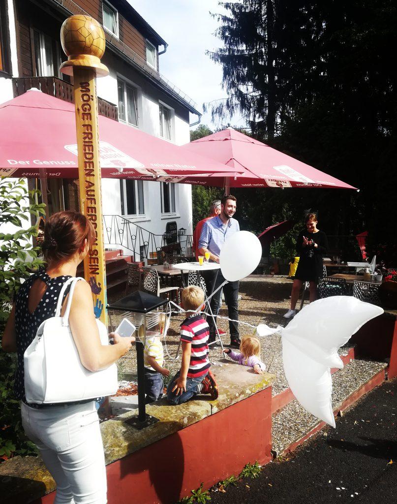 Einweihung des Friedenspfahl in Gersfeld